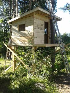 Home Decor Christmas Puumaja osa Decor Christmas Puumaja osa 1 Backyard Treehouse, Backyard Playground, Hunting Cabin, Dove Hunting, Hunting Stands, Pole House, Cheap Modular Homes, Tree House Plans, Cool Tree Houses