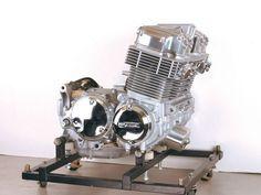 750 engine honda cb | Moto Gallur : CB750 SOHC Custom Motorcycle Parts, Motorcycle Engine, Honda 750, Honda Shadow, Honda Cars, Cb750, Metal Fabrication, Bike Stuff, Vintage Motorcycles