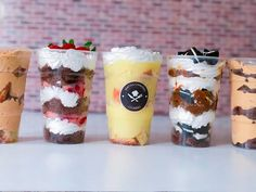 Postres en vasos para vender - Yak Tutorial and Ideas Mini Desserts, Delicious Desserts, Dessert Shots, Cheesecake Cake, Trifle, Sweet Recipes, Oreo, Catering, Food And Drink