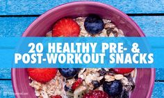 Looking for healthy snack ideas? Here are 20 healthy pre-workout snacks and post-workout snack ideas to keep you fueled and performing your best. Healthy Pre Workout, Post Workout Snacks, Workout Meals, Workout Drinks, Healthy Snack Options, Healthy Snacks, Healthy Eating, Clean Eating, Healthy Recipes