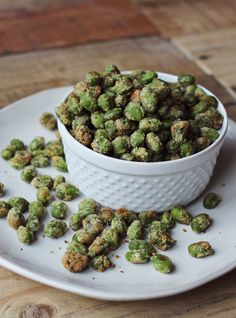 Parmasean and Wasabi Encrusted Edamame by abeautifulmess: Savory, green and healthy #Snack #Savory #Healthy