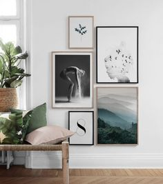 Find inspiration for creating a picture wall of posters and art prints. Endless inspiration for gallery walls and inspiring decor. Create a gallery wall with framed art from Desenio. Inspiration Wand, Home Decor Inspiration, Decor Room, Art Decor, Picture Wall, Picture Frames, Desenio Posters, Hallway Art, Hanging Wall Art