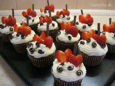 Rýchle, jednoduché a chutné cupcakes. Brownie Cupcakes, Cheesecake Cupcakes, Sweet Bar, Cheesecakes, Cake Pops, Food, Anna, Deserts, Friendship