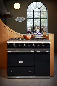 Lacanche Savigny range cooker.