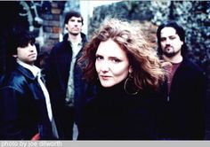 Hem Lead Singer, Sally Ellyson