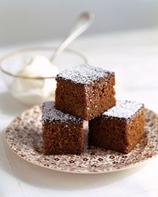 Perfect for sharing with visiting relatives (or eating yourself…we won't tell!), this Gingerbread Snacking Cake recipe is sure to become a holiday favorite. Click here for the recipe: