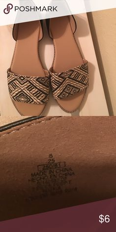 Old navy sandals Only worn once! Great condition Old Navy Shoes Sandals