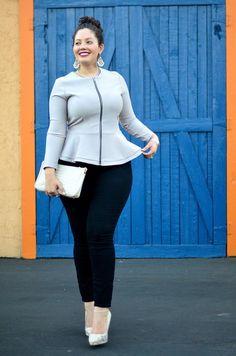 Girl with Curves! Girl with Curves! Curvy Girl Fashion, Look Fashion, Plus Size Fashion, Womens Fashion, Fashion Tips, Look Plus Size, Plus Size Women, Plus Size Dresses, Plus Size Outfits
