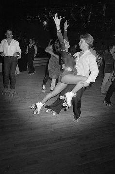 Disco skating