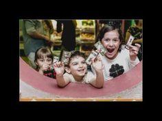 Fotografias do aniversário de 4 anos do nosso aniversariante o Théo! A festa foi lá no Buffet Miniland e foi super divertida! Veja como foi através das lentes do Fotógrafo Rafael Mirra. Valeu amigão.   http://www.rafaelmirrafotografia.com.br  • Dê um like no vídeo ;D Muito obrigada! • Inscreva-se no canal: https://www.youtube.com/user/miniland  • Mais Miniland e Museu Miniland buffet • Instagram: https://instagram.com/buffetminiland