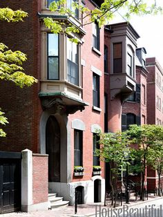 Farmer's duplex, which she shares with her husband, Michael, and their two daughters, is tucked behind a brownstone-and-brick facade.