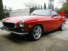iRoll Motors specializes in Classic Vintage Volvo parts, repairs, and services for volvo 120 and 140 series automobiles. Volvo P1800s, Volvo Cars, Volvo Coupe, Classic Trucks, Classic Cars, Vintage Cars, Antique Cars, Volvo Amazon, Classic Motors