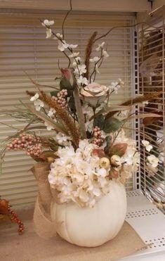 Thanksgiving Decorating Ideas – My World Pumpkin Arrangements, Fall Floral Arrangements, Pumpkin Centerpieces, Fall Wreaths, Advent Wreaths, Deco Table, Thanksgiving Decorations, Fall Decorations, Fall Flowers