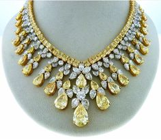 Lovely Statement Necklace~This is for our colossal fancy yellow & white diamond necklace, over 150 carats. Gems Jewelry, Jewelry Shop, Jewelery, Fine Jewelry, Jewelry Design, Jewellery Box, Jewellery Display, Jewelry Stores, Diamond Pendant Necklace