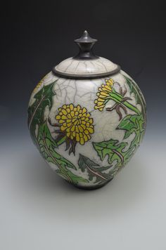 Hand Painted Pottery, Pottery Painting, Ceramic Painting, Pottery Vase, Ceramic Jars, Jar Lids, Bottle Art, Handmade Pottery, Clay Art