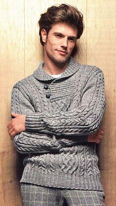 Пуловер с воротником на пуговицах.