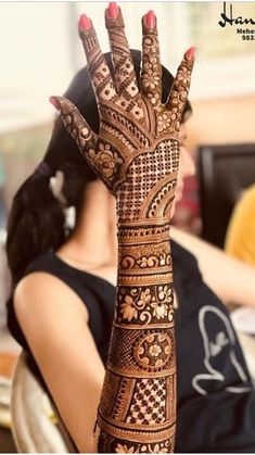 Explore the list of best and trending mehndi designs for every occasion. Latest mehndi designs for your wedding or any other events Wedding Henna Designs, Engagement Mehndi Designs, Legs Mehndi Design, Latest Bridal Mehndi Designs, Full Hand Mehndi Designs, Mehndi Designs 2018, Henna Art Designs, Mehndi Design Pictures, Mehndi Designs For Beginners