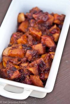 INGREDIENTS:  1 lb. (454 g) chopped/cubed, peeled butternut squash 1 large apple, peeled and cored 1/2 lb. (227 g) bag fresh cranberries 1 tbsp. olive oil (or coconut oil in liquid state)  1/4 cup maple syrup 2 tsp. ground cinnamon 1/2 tsp. ground nutmeg 1 scant tsp. ground cloves DIRECTIONS:  Place all ingredients in a 1 gallon-sized ziplock bag or a large container with a tight-fitting lid. Shake well to coat everything in spices and maple syrup. Pour out into baking dish (Mine was 9×13)…