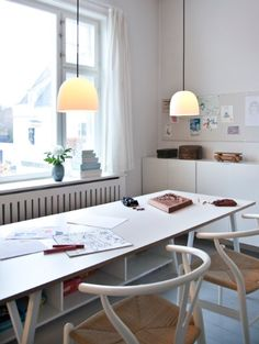 Piet Hein - Hang your Super lamp over the dinner table - It generate a nice and warm light. Designed by Piet Hein.