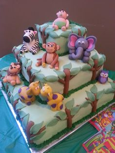 Baby shower jungle cake.