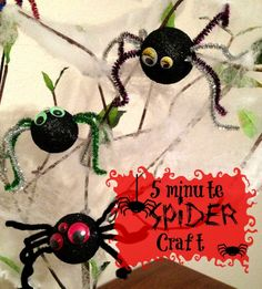5 minute Spider Craft!  This spider craft is perfect for school Halloween parties or to add some spooky fun to your Halloween decor.  Even your youngest kids will love making this quick and easy Halloween craft.: