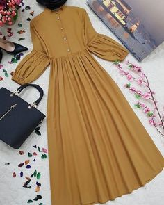 Most recent Totally Free sewing dresses hijab Ideas No photo description available. Source by tooleycharlott dresses ideas Stylish Dresses For Girls, Stylish Dress Designs, Modest Dresses, Modern Hijab Fashion, Abaya Fashion, Modesty Fashion, Woman Outfits, Dress Outfits, Hijab Outfit