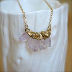 Gold Amethyst Pendant Necklace par illuminancejewelry sur Etsy, $38,00