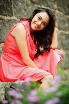 #Amruta Khanvilkar(अमृता खानविलकर) is an #Indian #film #actress who appears in #Bollywood and #Marathi #movies.