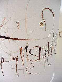 """New alphabet detai,l made especially for the itinerant fair """"Un amor cayó del cielo"""". Made with fan-pen (created in Argentina by Luthis) + walnut ink + letraset-2011."""