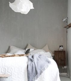 Brave bedroom | Big exposed concrete wall | See more of Camilla's home in live from IKEA FAMILY