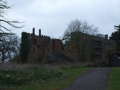 Astley Castle was the marital home of Elizabeth Woodville and John Grey of Groby. It has since suffered from significant damage, only to be renovated by the Landmark Trust. Today, it is possible to stay there.