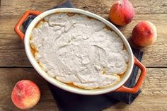 One of our all-time favorite almond flour dessert recipes; this warm, crisp, and perfectly flavored gluten-free almond flour peach cobbler dish is perfect for any summertime gathering or celebration. Almond Flour Desserts, Low Carb Desserts, Peach Melba, Ripe Peach, Sugar Free Peach Cobbler, No Sugar Added Recipe, My Recipes, Dessert Recipes, Raspberry Sauce