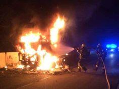 LKW Brand auf der Autobahn http://www.feuerwehrleben.de/lkw-brand-auf-der-autobahn/ #feuerwehr #erkrath #rettungsgasse