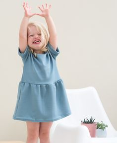 Free sewing pattern Fons and Sien Sewing Patterns Free, Free Sewing, Free Pattern, Fashion Kids, Girl Outfits, Rompers, Summer Dresses, Children, Clothes