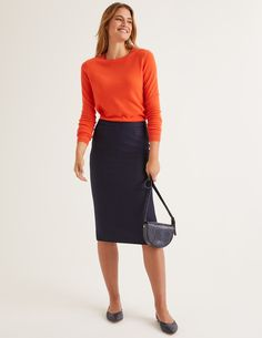 British Tweed Pencil Skirt Navy Women Boden - Female - Navy - Size: 16 R Work Fashion, Fashion Outfits, Fashion Spring, Beauty Tips For Girls, Pink Pleated Skirt, Tweed Pencil Skirt, Pencil Skirts, Stylish Work Outfits, Business Fashion