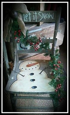 25 Amazing DIY Snowman Christmas Decoration Ideas for Outdoor - Snowman Christmas Decorations, Christmas Wood Crafts, Snowman Crafts, Primitive Christmas, Rustic Christmas, Christmas Projects, Holiday Crafts, Christmas Ideas, Holiday Decor