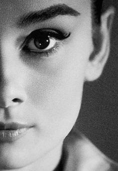 """people don't belong to people"" icon, cat eyes, big eyes, breakfast, beauti peopl, brow, actresses, audrey hepburn eye makeup, natural beauty"