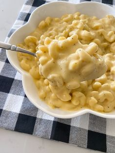 Sharing the Best Mac and Cheese recipe today! My Perfect Mac and Cheese is incredibly creamy, cheesy, and delicious comfort dish that. Best Mac N Cheese Recipe, Mac Cheese Recipes, Stovetop Mac And Cheese, Best Macaroni And Cheese, Bacon Mac And Cheese, Mac And Cheese Homemade, Pasta Recipes, Side Dish Recipes, New Recipes