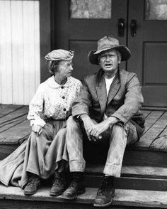 Irene Ryan and Buddy Ebsen, 'The Beverly Hillbillies' circa 1966 CBS File Reference # - Stock Image Funny Quotes, Funny Memes, Hilarious, Jokes, Buddy Ebsen, Meant To Be Quotes, Crazy Friends, Twisted Humor, Adult Humor