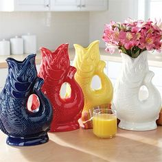 fish vase. how can you NOT love this!!!