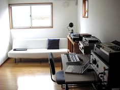 studio sofa by lullatone, via Flickr