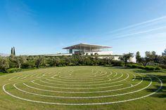 Stavros Niarchos Park, Labyrinth