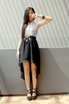 4060bd8d79b3 Stunning uneven hemline skirt! + button-up shirt! Wow! Latest Outfits