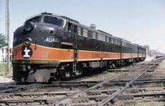 """IC """"City of New Orleans"""", at Effingham in 1970. M. White collection."""