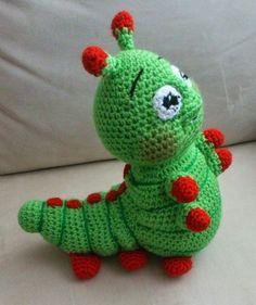 Cute cater piller-no pattern Diy Crochet Amigurumi, Amigurumi Doll, Crochet Crafts, Crochet Projects, Mug Rug Patterns, Crochet Toys Patterns, Amigurumi Patterns, Doll Patterns, Knitted Animals