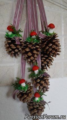 Pine Cone Christmas Tree, Noel Christmas, Diy Christmas Ornaments, Fall Crafts, Christmas Crafts, Christmas Decorations, Pine Cone Art, Pine Cone Crafts, Christmas Trends