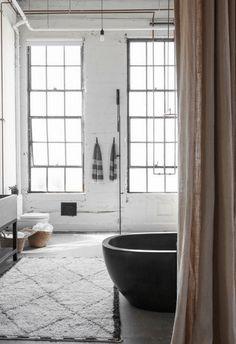 Bathroom in Venice Loft by Alexander Design on Loft Bathroom, Simple Bathroom, Industrial Bathroom, 1950s Bathroom, Industrial Interiors, Industrial Loft, Bathroom Interior, Modern Bathroom, Master Bathroom