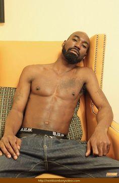 μαύρο γκέι πορνό αστέρι XL