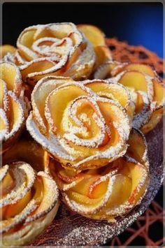 Jabłkowe różyczki w cieście francuskim