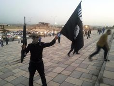 When comparing the terrorist group Islamic State of Iraq and Syria (ISIS) and al Qaeda, experts on international terrorism say that one should be careful in saying that one group is more violent than the other. Islam, Barack Obama, Shiga, Coran, Global Warming, Middle East, Statues, Religion, Buckingham Palace